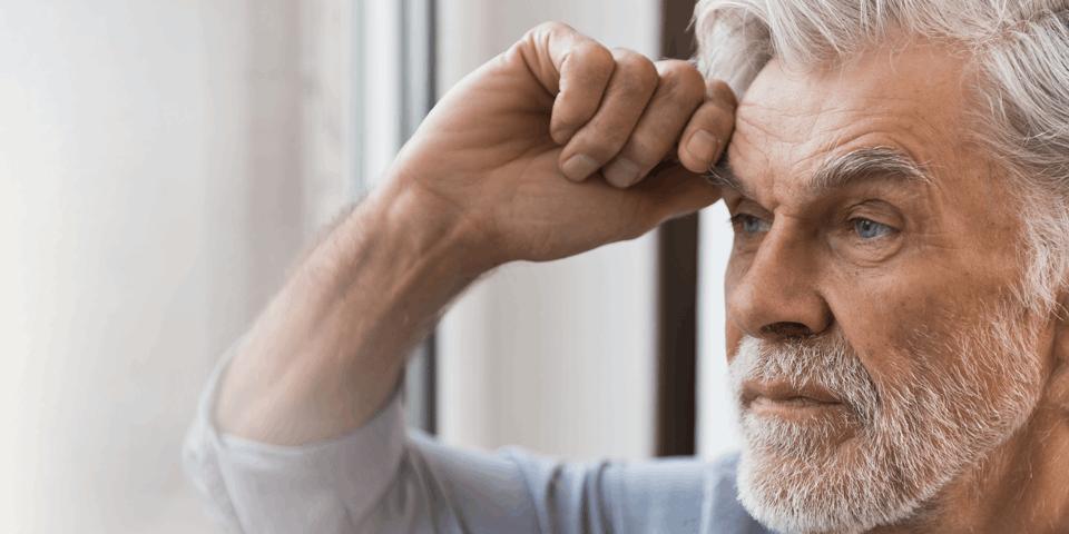 mężczyzna chory na alzheimera