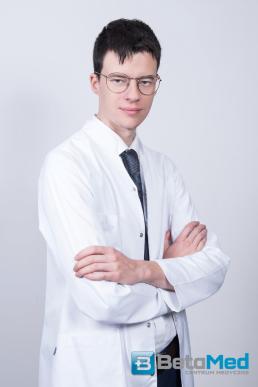 dr Hartleb